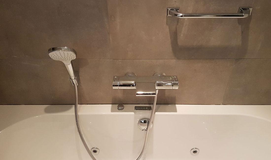 Badkamer Met Natuurtinten In Den Bosch Zeist